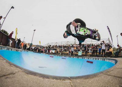 Chris Wood, backside air.