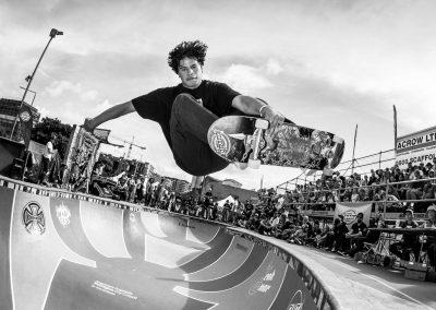 Rico Henare, frontside air, Photo by David Read