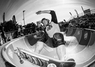 Craig Harris, frontside grind, Photo by David Read