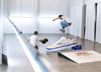 Elijah Robertson, 360 flip.